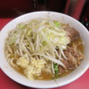 Ramenjirou - 料理写真:小ラーメン 野菜少なめ にんにく