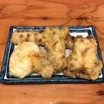 自家製さぬきうどんと肉 新橋甚三 - 天ぷら3種盛り