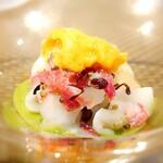 149466376 - 墨イカと紅くるり大根 京菜花のピュレ