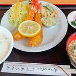 あらかわ食堂 - 海老フライ定食(1,450円)