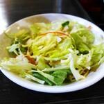 天然居 - モツラーメン麺定食
