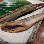 鍛冶屋 文蔵 - 氷下魚の魚醤焼き 396円