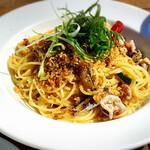 アールエイチシー カフェ - オイルサーディンと飯蛸のアーリオオーリオ