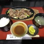 なかにし - 料理写真:ランチ 焼肉定食