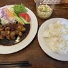 食堂うさぎや - 料理写真:豚ロース肉の「とんてき」1200円(ご飯大盛無料)