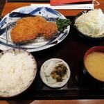 149503765 - ロースかつ定食