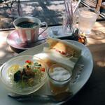 チロルカフェ - 料理写真:モーニング 630円