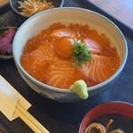 魚屋がはじめた旨い居酒屋 夢酒場 魚昇本店 -