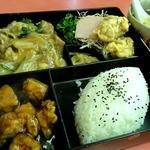 万来軒 - 料理写真:サービス定食 ¥700