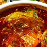 芙蓉苑 - 幅広透明麺、美味!