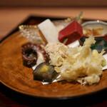 京味 もと井 - 八寸 胡麻豆腐 つぶ貝 青竹打ち(赤蒟蒻 鯛の子 蓬麩) 白魚 飯蛸 唐墨☆