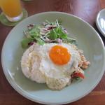 バーンハタ ダイニングテーブル - ガパオライス