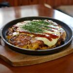 ほんだ - 料理写真:牛すじブタ天+トッピングチーズ