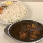 新川デリー - カシミールカレー1000円