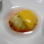 美吉野 - 料理写真:イチジクの白ごまソースがけ