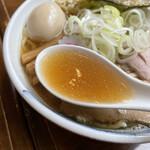 ラーメン みなもと屋 - スープ