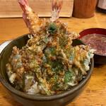 伊豆の味処 錦 - 天丼 1430円。