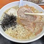 肉煮干中華そば 鈴木ラーメン店 - 肩ロースチャーシュー