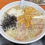 肉煮干中華そば 鈴木ラーメン店 - 自家製メンマ