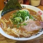 麺屋 庄太 - らぁ麺(並)+煮玉子