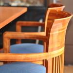Dining Cafe Lloyd wright - フランク ロイド ライト デザインの椅子