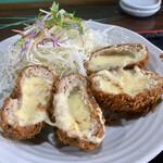 食咲工房 かつふじ - 料理写真:メンチチーズかつ