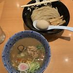 149576505 - 特製つけ麺 1,080円                       (麺少なめでメンマプラス)