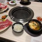 本町焼肉DATENARI - 【豚バラ味噌チゲと牛切り落としランチ…1,650円】2021/3