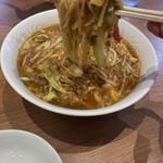 餃子菜館 勝ちゃん - リフトアップ。