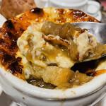 クレッソニエール - 炙りチーズとトロトロの玉ネギが抜群!