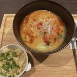Modern Chinese Restaurant OPERA - 全体図