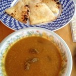 SHIBA - マトンカレー、チーズナン