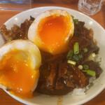149611844 - これが名古屋の魂です♪                       このどて丼を食べに来たと言っても〜                       過言ではありませんよ!必食