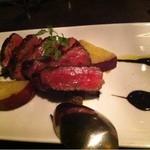 刃 - 山形牛モモ肉のステーキ