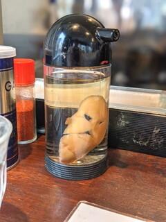 塩生姜らー麺専門店 MANNISH - 後半の生姜酢チョット足しも忘れずに