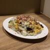 ホットウェーブ - 料理写真:チーズガパオライス