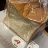 パン工房 コッペ - 料理写真:販売されているのは1/2本です