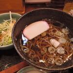味福 - シャキシャキの野菜サラダとコシある蕎麦