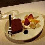 シマダ輪店 - 生チョコケーキ