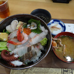 店屋町のでめきん - 特上特別海鮮丼1500円