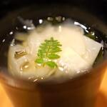 味享 - 和歌山県産の筍とわかめのお椀