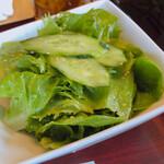 叙々苑 - 名物叙々苑サラダも美味しい!