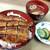 鰻 川淀 - うな丼定食(竹)。うな丼に肝吸い、お漬物が付きます。