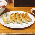 149671910 - 焼餃子
