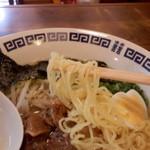 といろ - チジレ麺