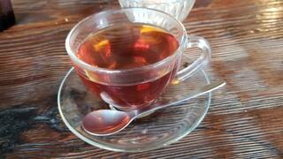 マンチズピッツェリア - 紅茶