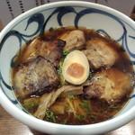 麺鮮醤油房 周月 高松本店 - 炙りチャーシュー麺
