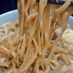 ラーメン二郎 - 麺はこんなかんじ。