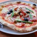 リチェッタ - 料理写真:ミックスピザ