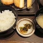 イマカツ - ご飯、味噌汁